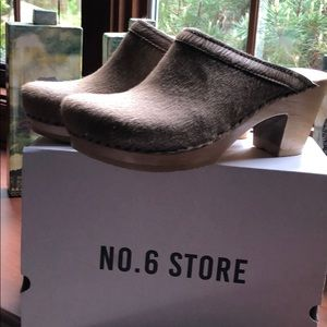 Shoes - *BRAND NEW* NO. 6 STORE clogs